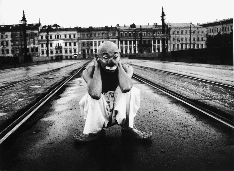 Miron Zownir . Clown, Saint Petersburg, 1995
